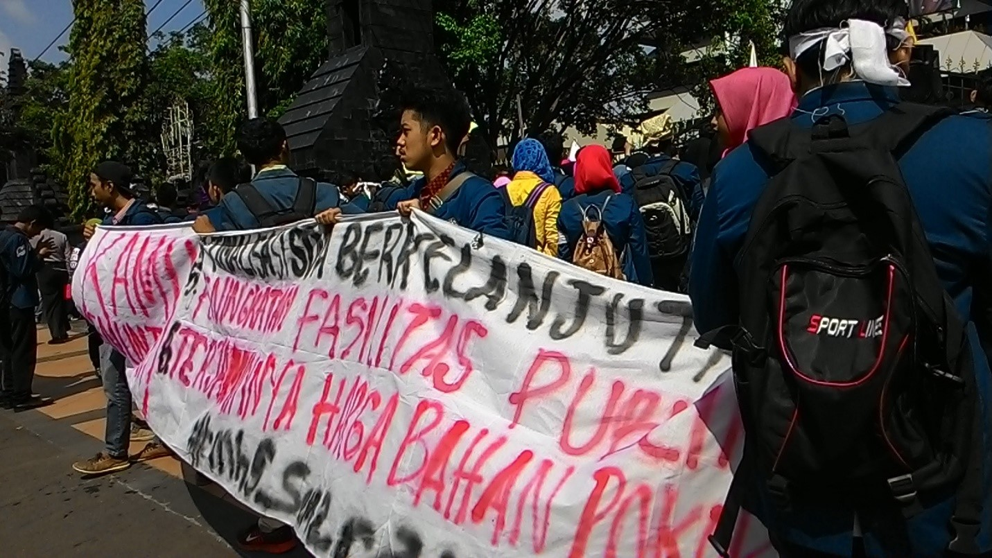 Kartu Kuning Jokowi