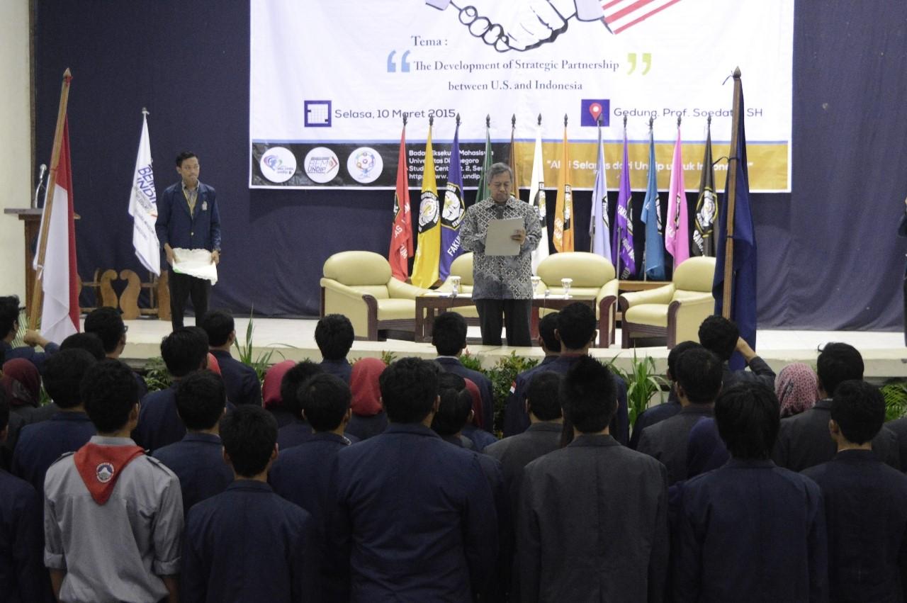 Rektor Lantik Ketua Lembaga Mahasiswa Undip