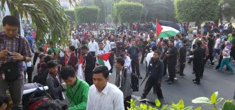 INSANI Undip bersama LDK se-Indonesia Putihkan Car Free Day