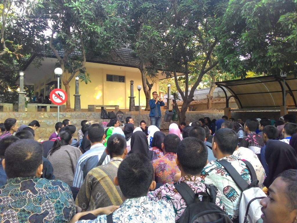 Suasana Diskusi Anti Perploncoan di Open Theater FT Undip, Jumat (4/9). (Windi/Manunggal)