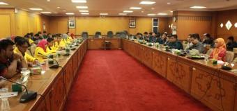 Diskusi Revisi UU KPK Dihadiri Satu Anggota DPRD