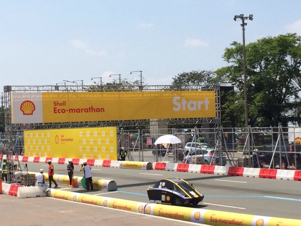 Tim Antawirya Undip mengikuti kompetisi internasional Shell Eco-Marathon Asia (SEMA) di Manila, Filipina. (dok. pribadi)