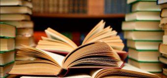 Menyingkap Dunia Lewat Buku