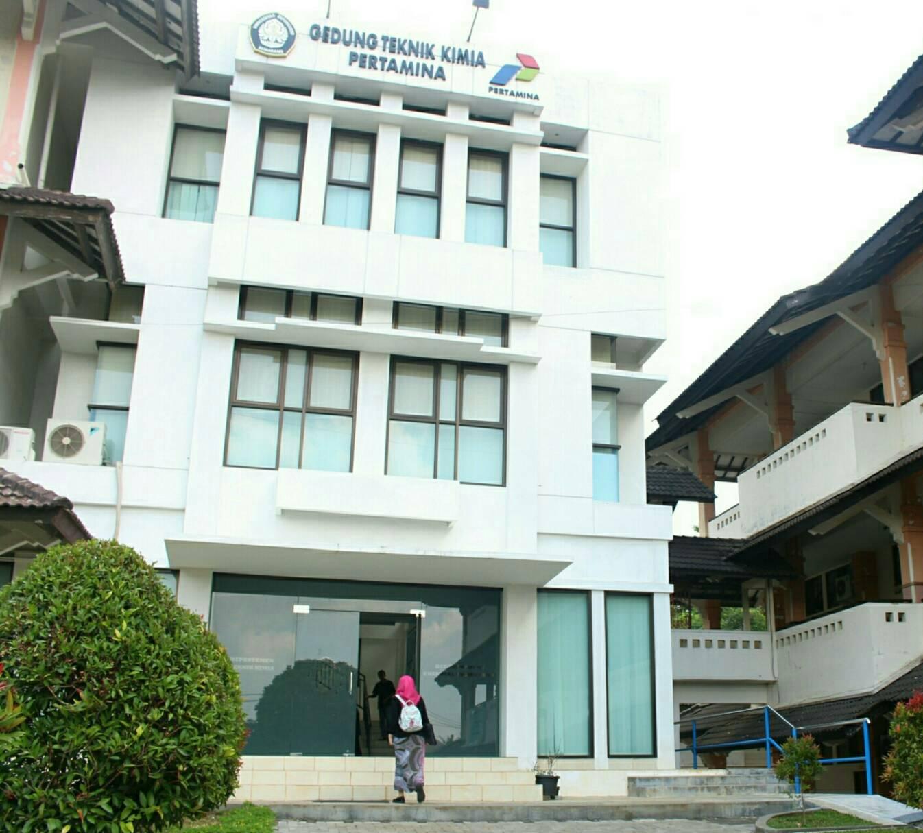 Teknik Kimia merupakan salah satu prodi yang telah mendapatkan pengakuan ASEAN University Network (AUN) sehingga dapat membuka kelas internasional, Rabu (7/6). (Chami/Manunggal)
