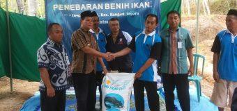Penebaran 22.000 Benih Ikan sebagai Inventasi Desa Tengguli