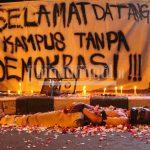Adakan Aksi Lanjutan, Massa Kembali Ditolak dan Diancam Kampus Sendiri